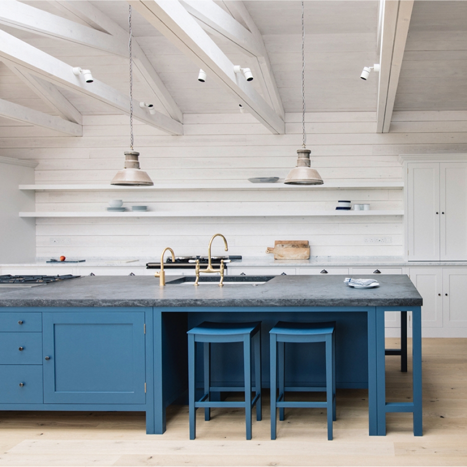 Plain English Design kitchen featuring skinflint pendants