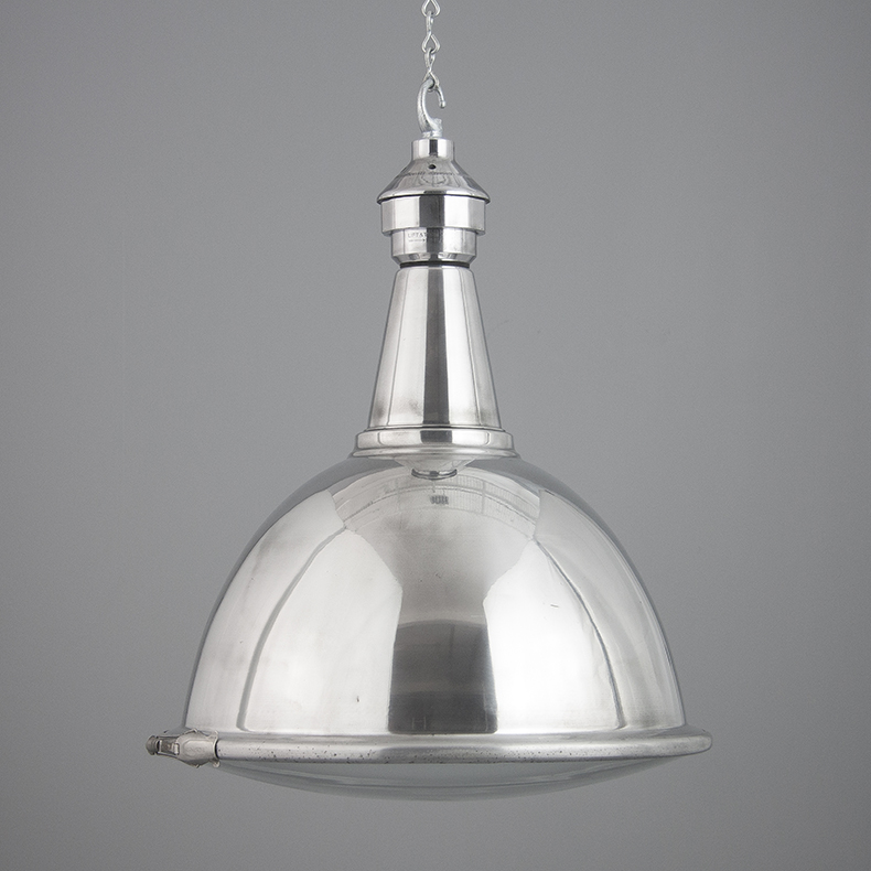 Polished aluminium light by Benjamin