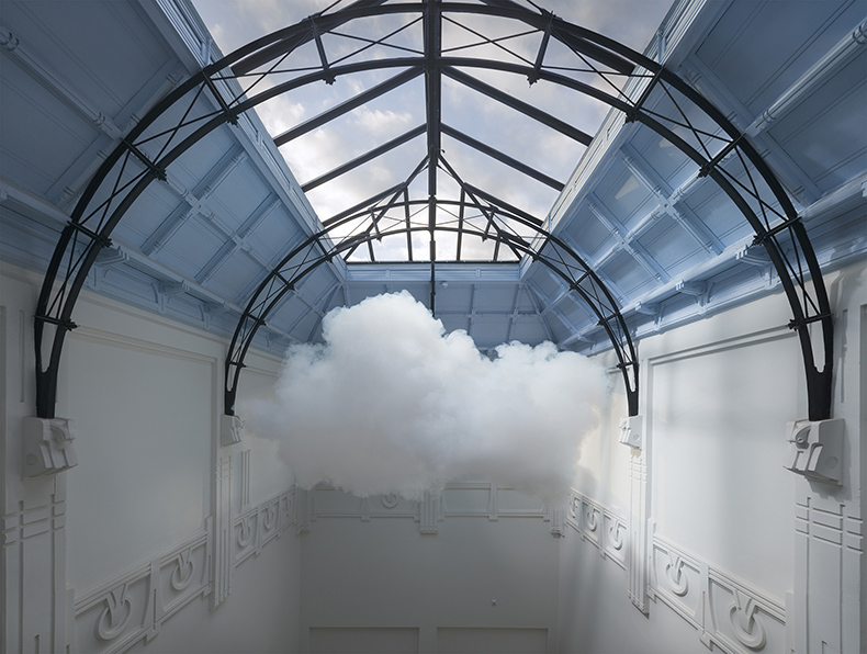 Berndnaut Smilde cloud 3