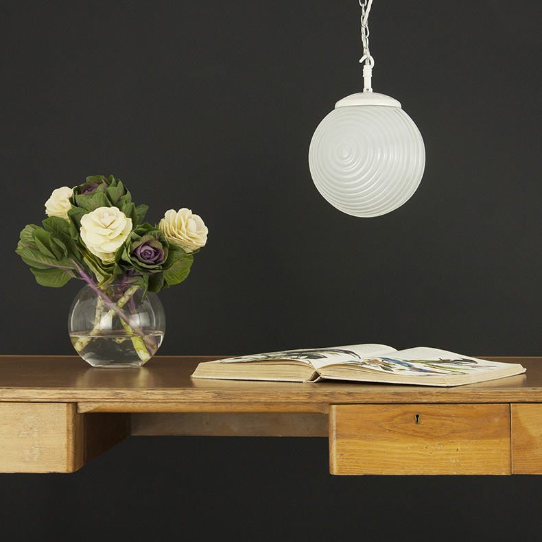 Retro opaline gladd pendant light