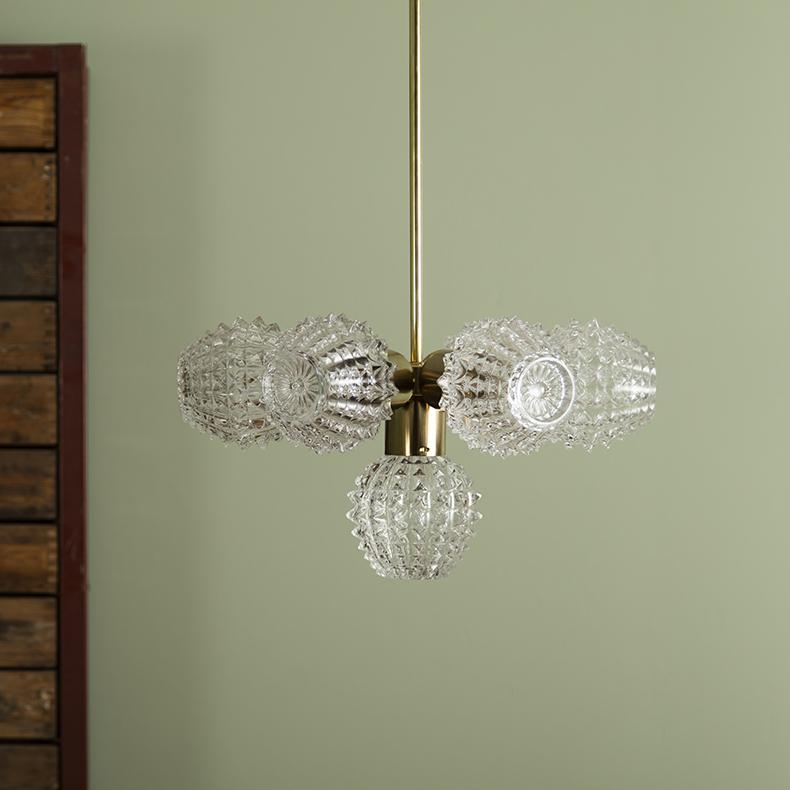 skinflint Czech chandelier