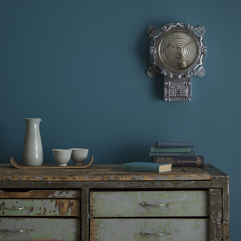 Wall light by Heyes