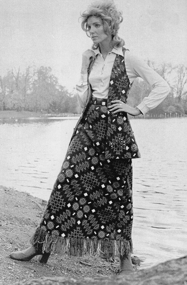 Melin Tregwynt 1970s skirt