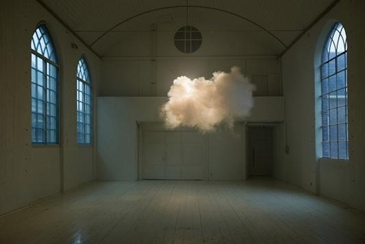 Berndnaut Smilde cloud 1